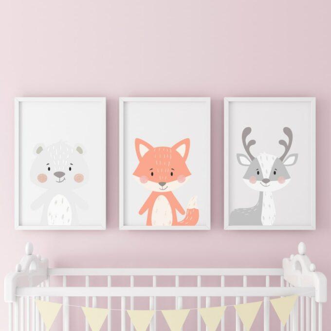 Poster-für-das-Kinderzimmer-Bär-Fuchs-Reg-Rosa