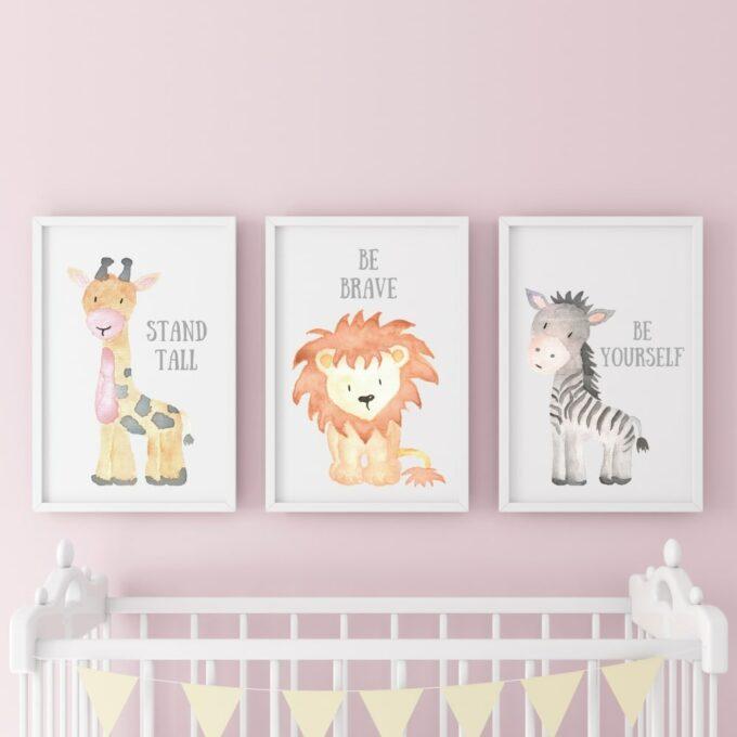 Poster-für-das-Kinderzimmer-Löwe-Giraffe-Zebra-Rosa