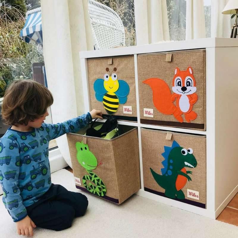 Spielzeugboxen die Spaß bringen